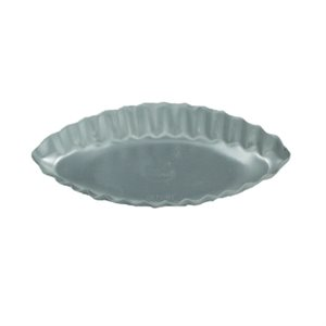 Fluted Oval Tart Pan 4 1 / 2 x 2 1 / 4 x 3 / 4 Inch