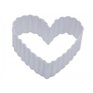 Fluted Heart Cookie Cutter Poly Resin 2 1 / 2 Inch